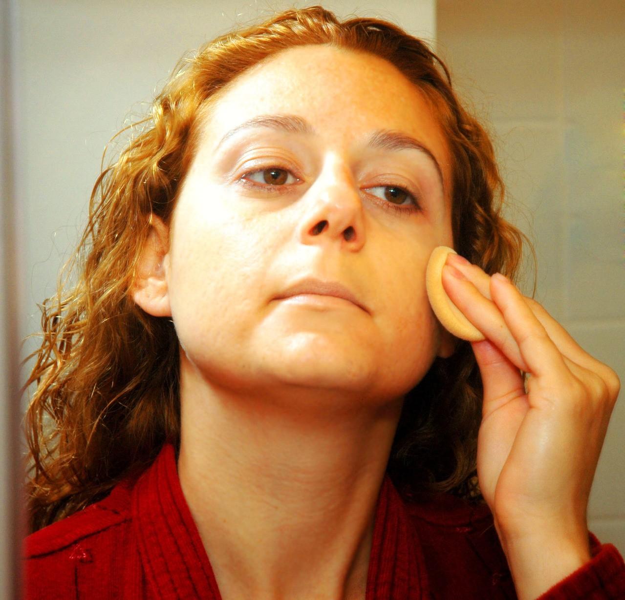 Jak dobrze oczyszczać skórę?
