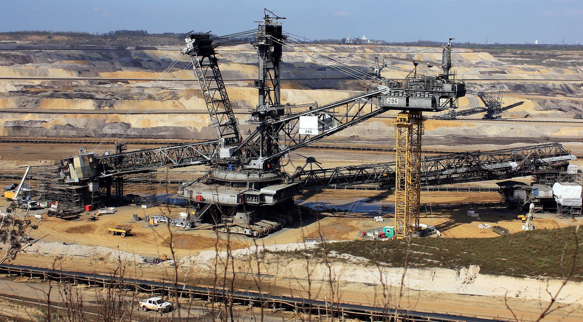 Surowce przemysłowe – co to takiego?