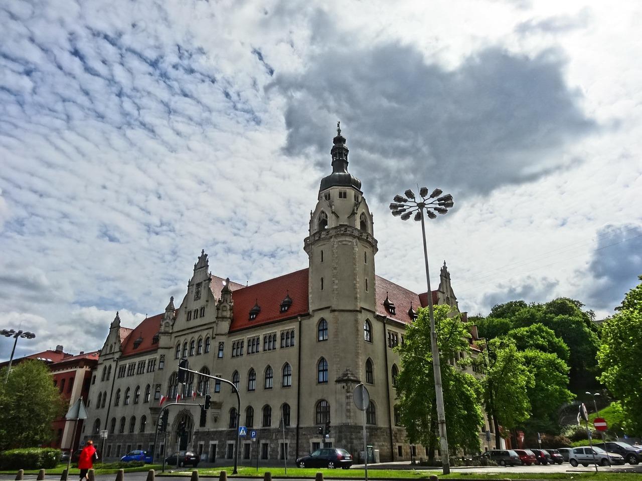 Dwuinstancyjność polskich sądów