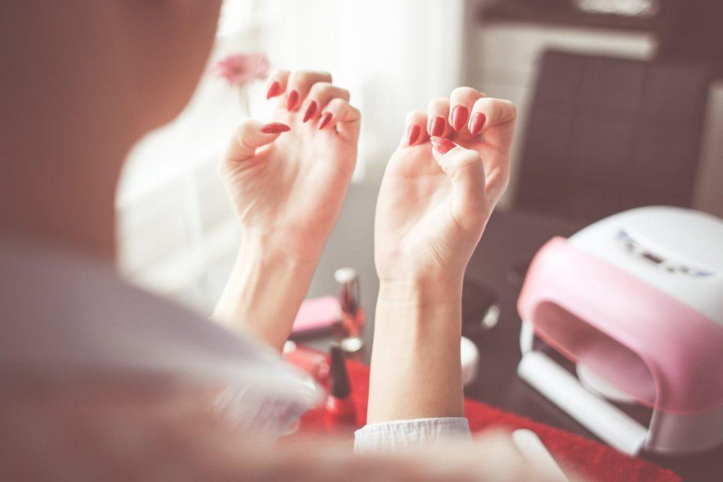 Efektowne paznokcie każdego dnia